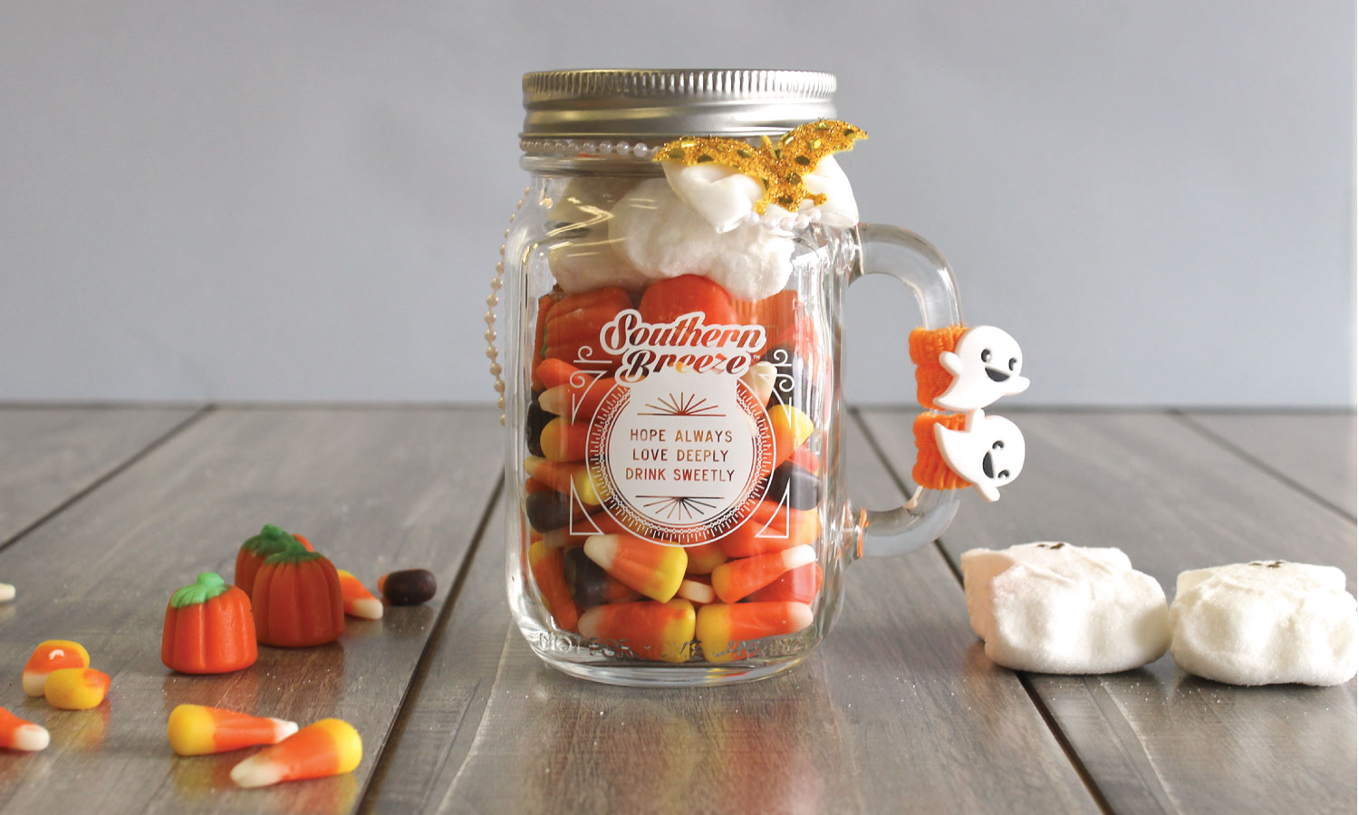 DIY Share the Sweetness Mason Jar for Halloween
