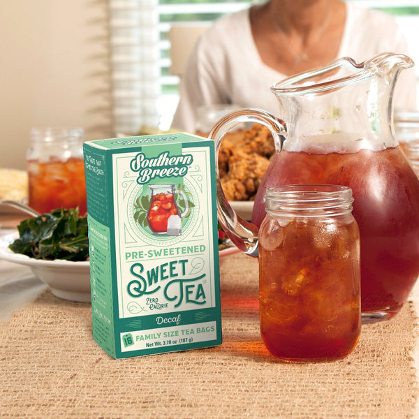 Decaffeinated Iced Sweet Tea with southern food
