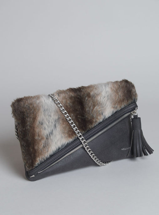 CATT CLUTCH FUR IN BLACK CHOCOLATE (VEGAN)