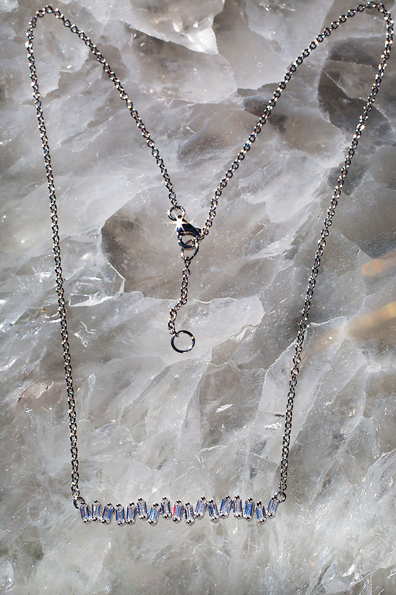 ILLUSIONS necklace in sterling silver