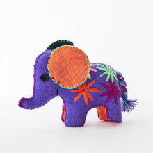 CHIAPAS Wool Felt Animalitos -  Trio of Elephants