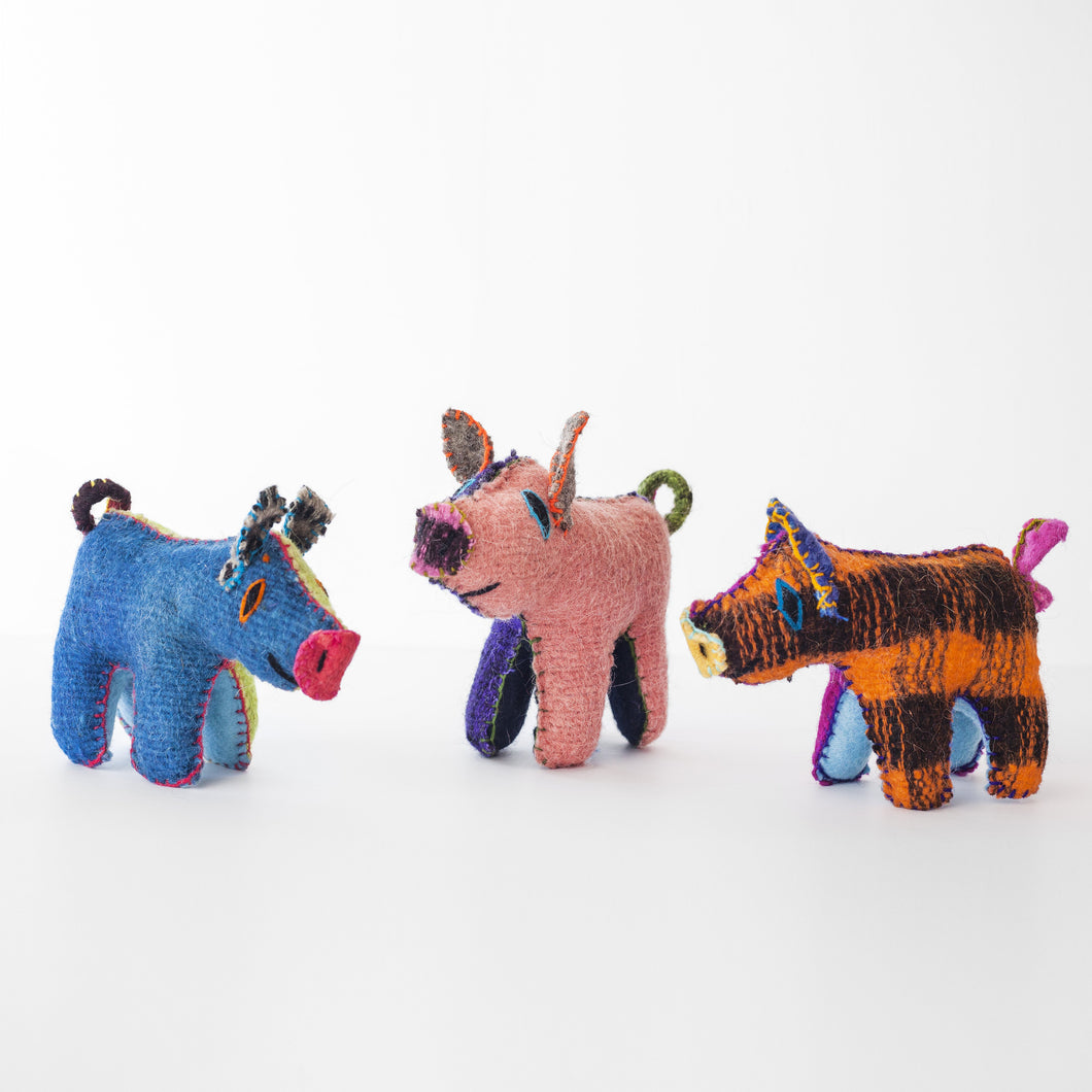CHIAPAS Wool Felt Animalitos -  Trio of Piggies