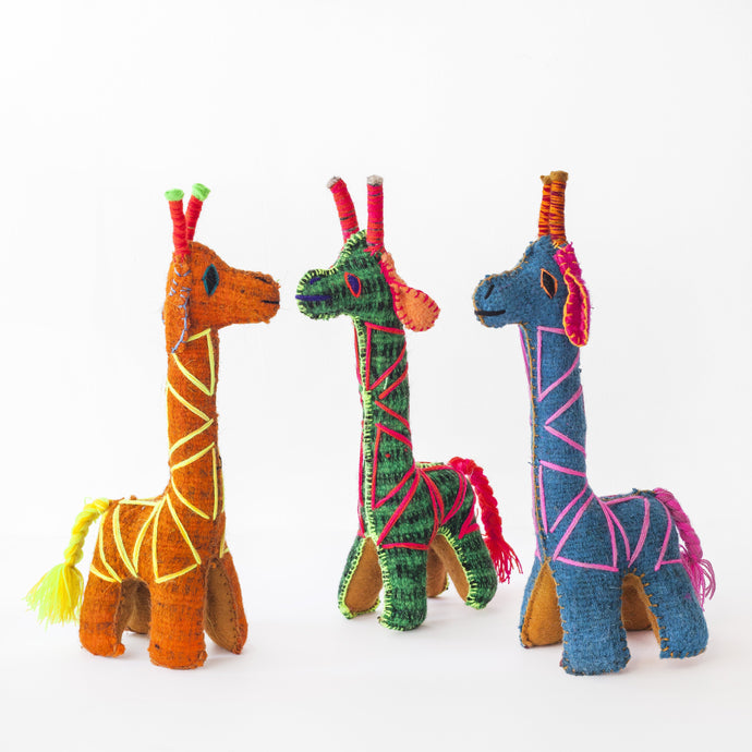 CHIAPAS Wool Felt Animalitos -  Trio of Giraffes