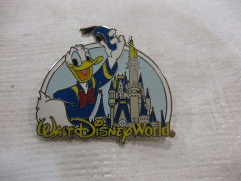 Disney Pin Where Dreams Come True Donald with Castle 2007 Release