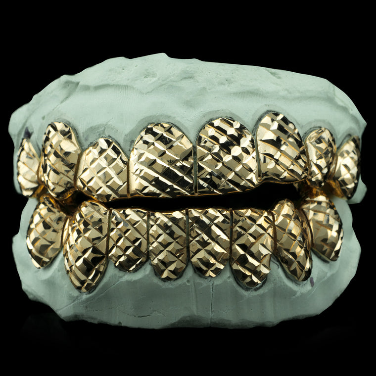 [CUSTOM-FIT] Solid Gold Diamond Cut Grillz