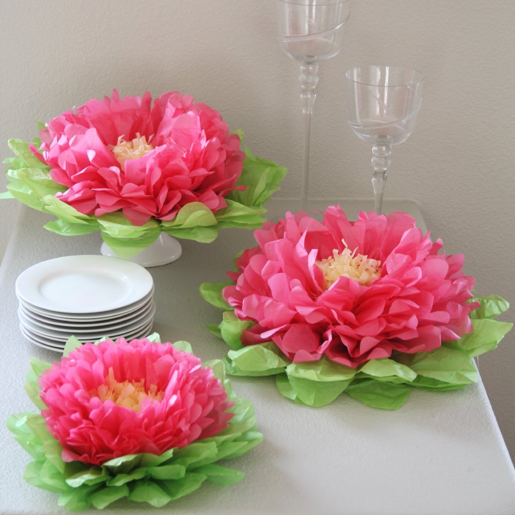 Hot Pink Paper Flower Set