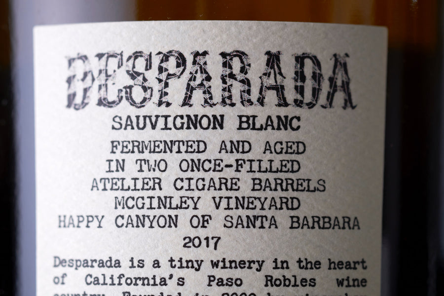 Desparada Sauvignon Blanc wine label closeup