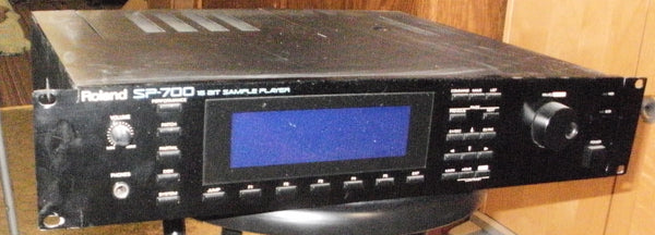 Roland SP-700 Sampler 32mb SCSI