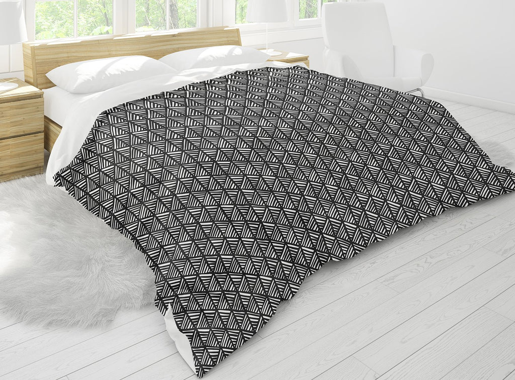 ABSTRACT LEAF BLACK Comforter Set By Becky Bailey