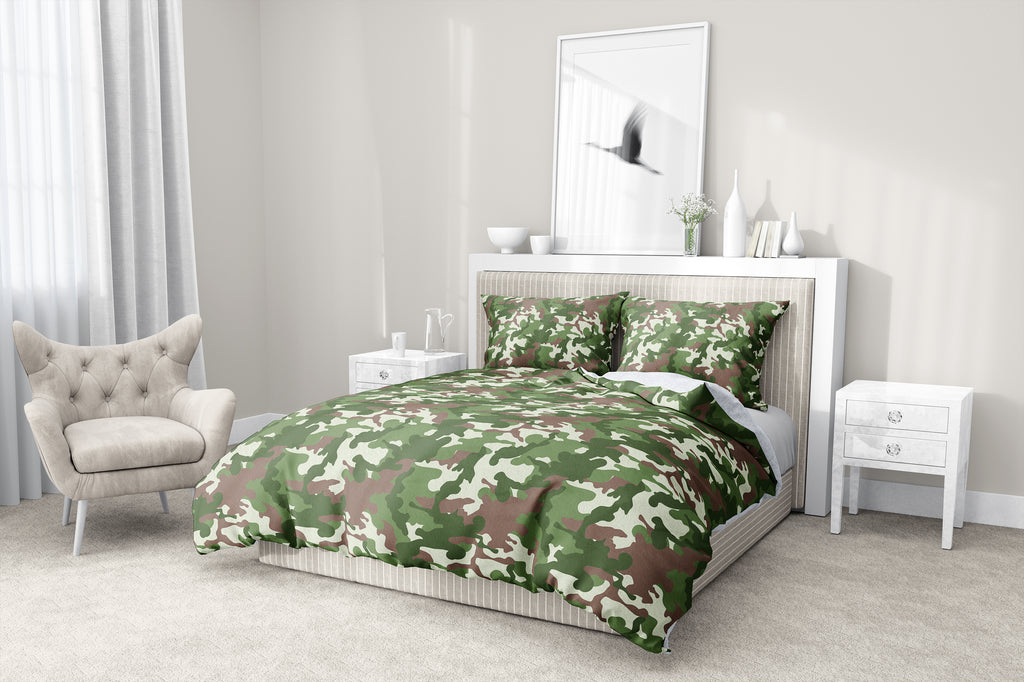 CAMO FLOW GREEN BROWN 5-Piece Sherpa Comforter Set By Kavka Designs