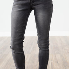 Manda Black Denim