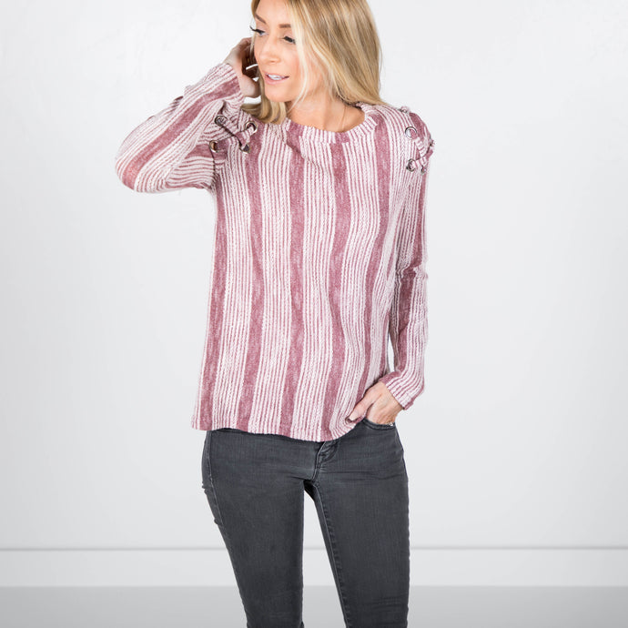 Iris Textured Top in Rosy Brown