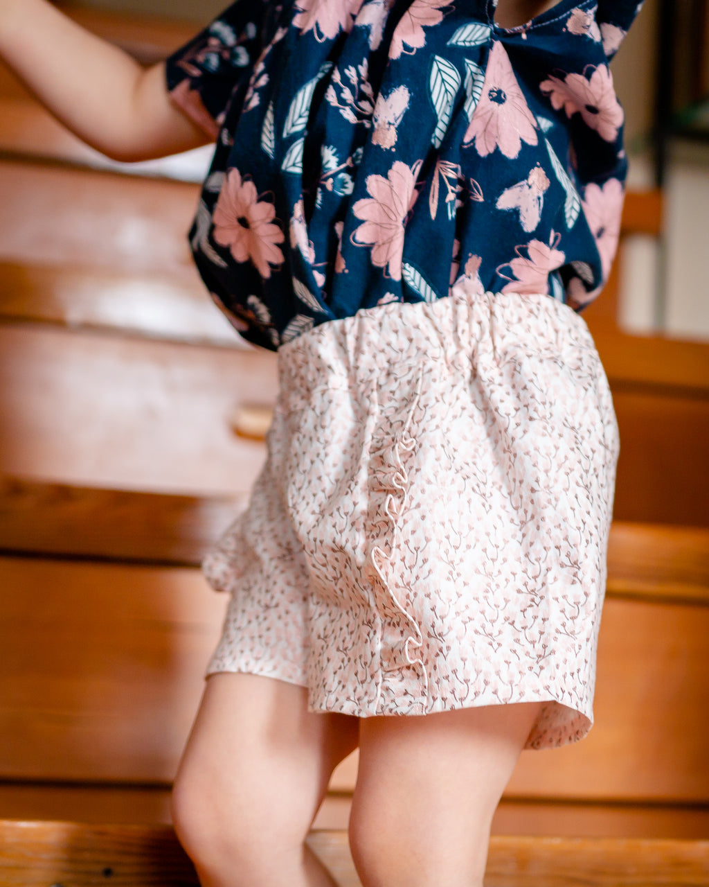 Poppy Shorts in Cream on Petal