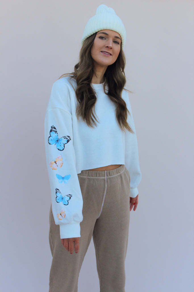 Fly Away Crop Pullover