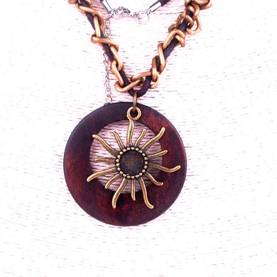 Handmade Heronsbill Inspired Pendant Necklace - woodfashionista.com