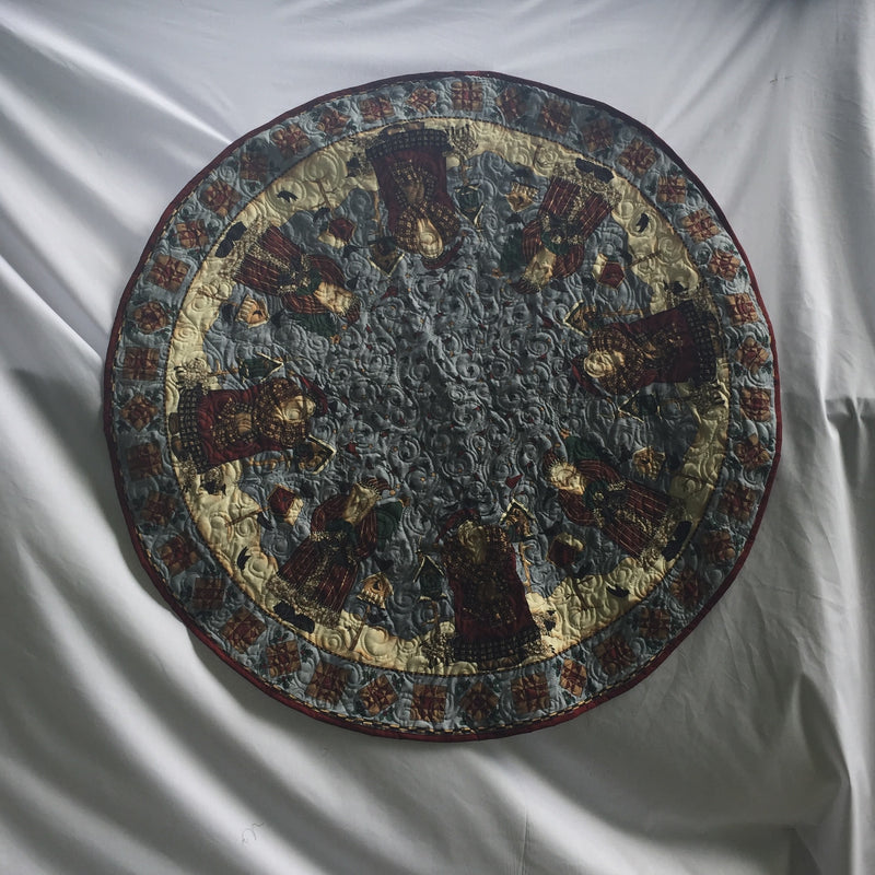 Old World Santas Tree Skirt, Circular Holiday Quilt, or Table Topper