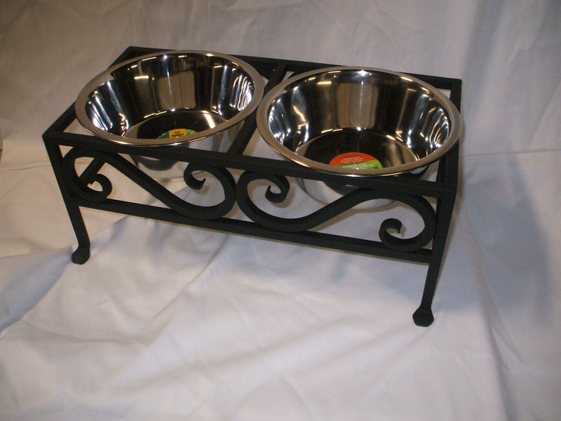Pod's Forge Large Pet Bowl Holder