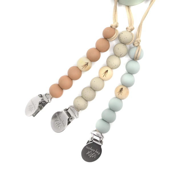 GABRIOLA Wooden Pacifier Clip - Stronger the tree