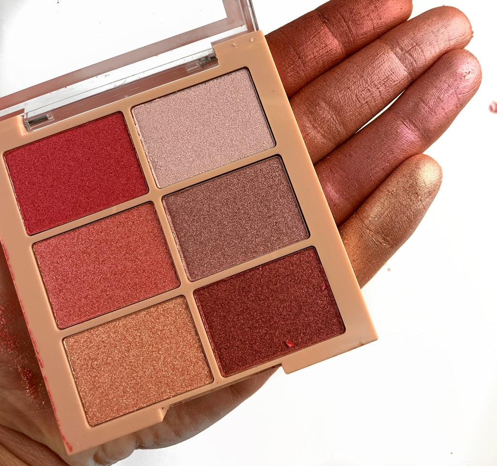 Be Lustre Eyeshadow Palette