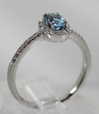 14K White Gold Aquamarine and Halo/Side Diamonds Ring Size 6.75