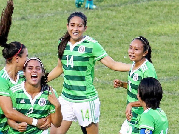 Mexico Women's Team in World Cup Ticket Tournament