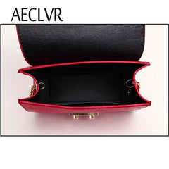 AECLVR: Small elegant designer shoulder bag