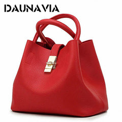 Daunavia: Lady's vintage shoulder bag / handbag