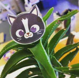 Black Cat Face Pin