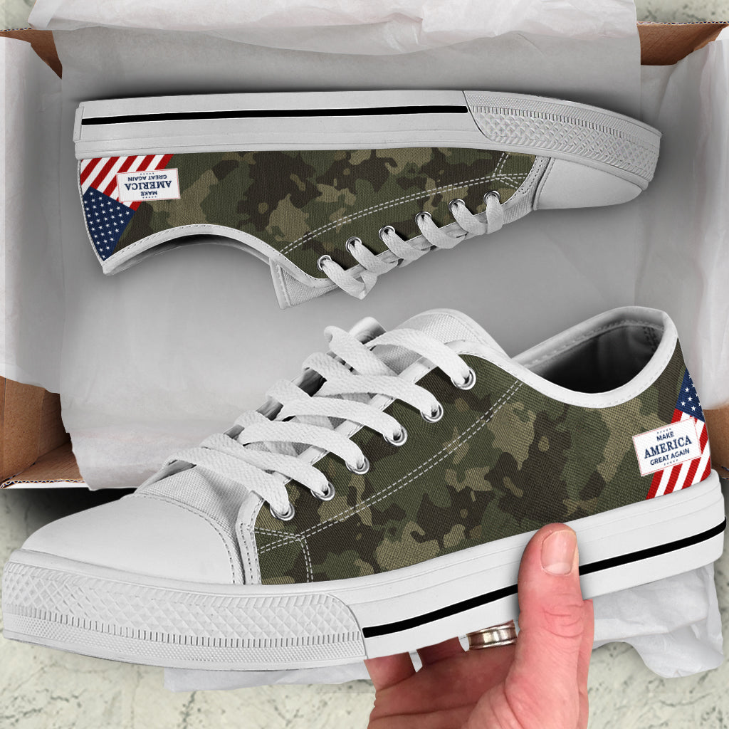 Camo MAGA - Men's low top shoes