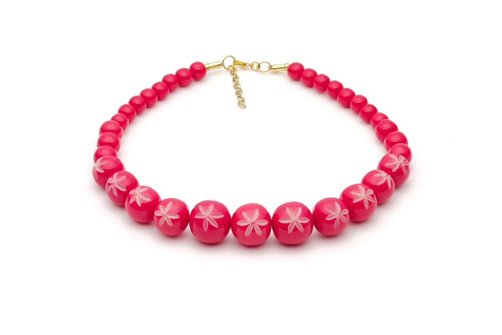Splendette Carved Bead Necklace - Raspberry