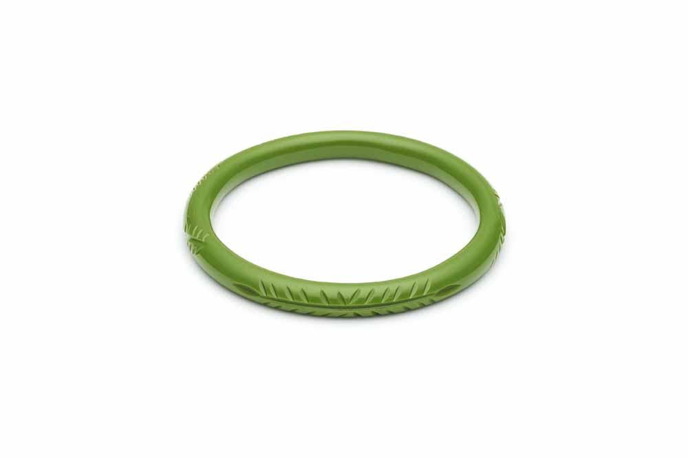 Splendette Narrow Leaf Green Fakelite Bangle