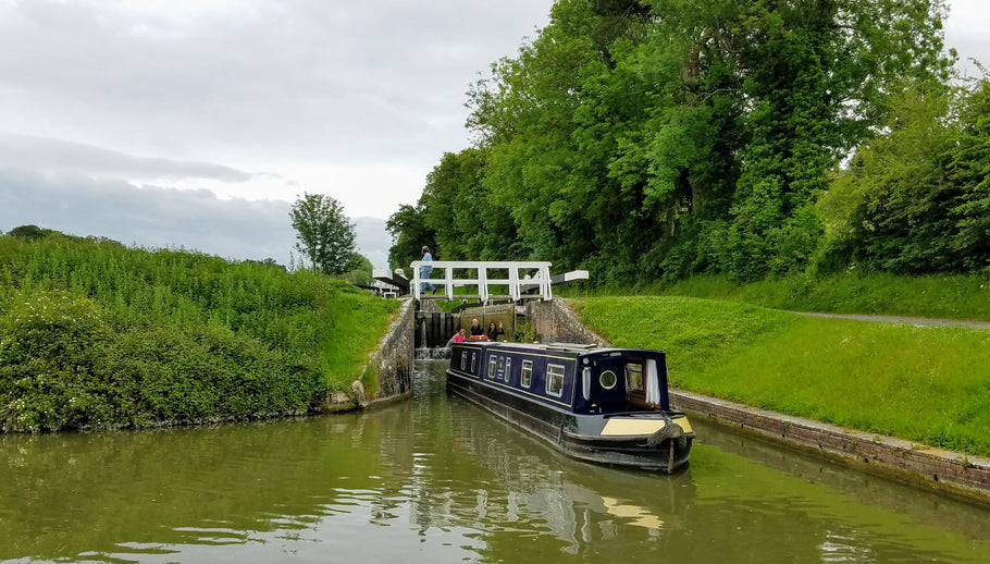 Conquering Caen Hill Locks