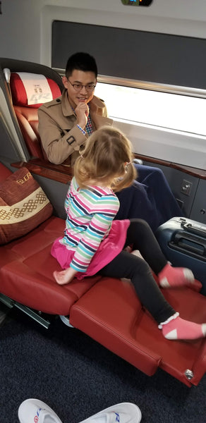Checking out the bed seat on the Beijing–Shanghai high-speed railway