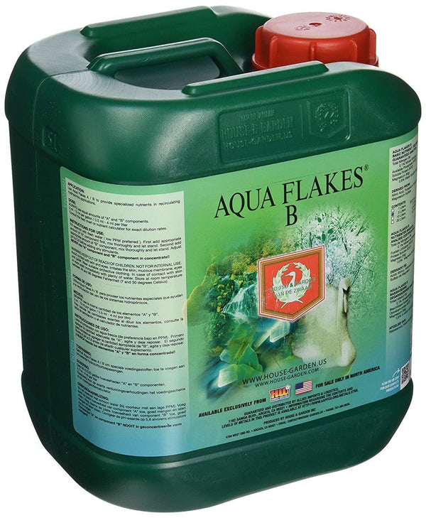 House & Garden Lawn & Patio 5 L Aqua Flakes Fertilizer