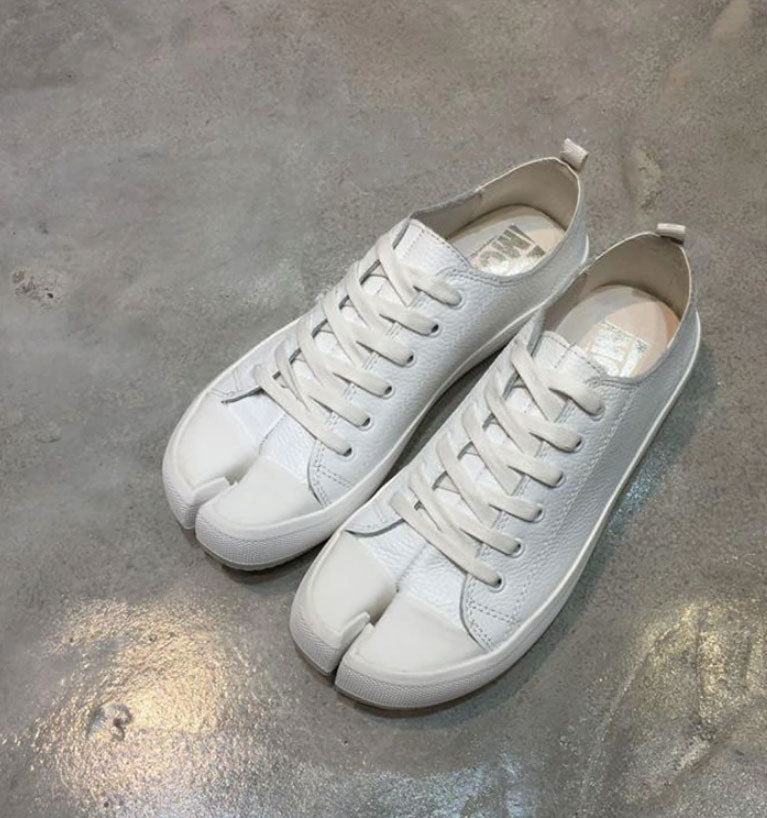 Ren Split Toes Sneakers