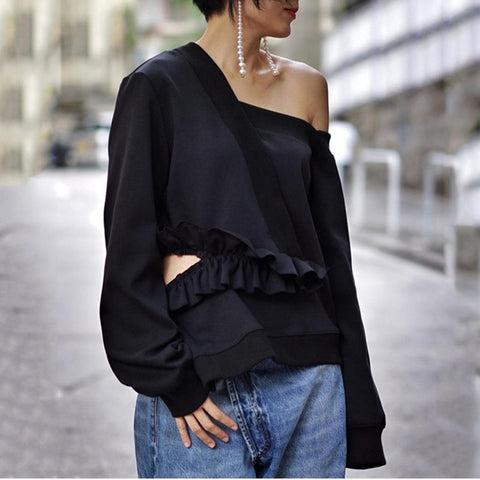 Buni Off-shoulder Sweatshirt