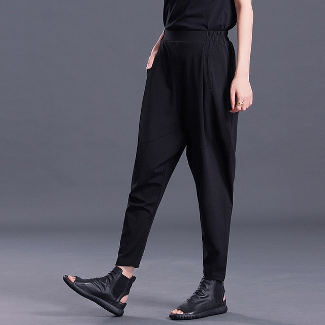 Xinni Black Pleat Pants