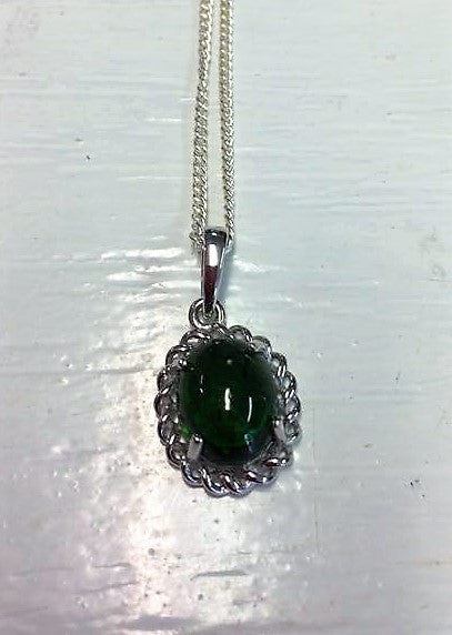 Russian Cromediopside Hand set Pendant with 925 silver chain