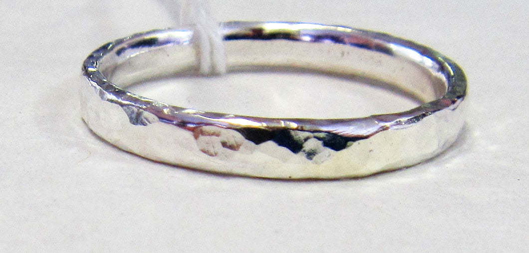 Handcrafted Sterling Silver hammered pattern ring Size V pattern