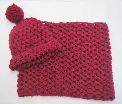 Handcrafted crochet purple woollen hat and snood set
