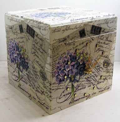 Beautiful handcrafted clock boxes with various patterns