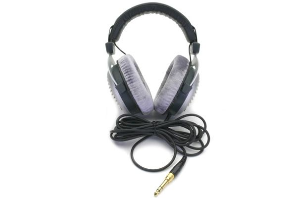 Beyerdynamic dt 990 edition 32 ohm headphones - Audio Influence Australia 2