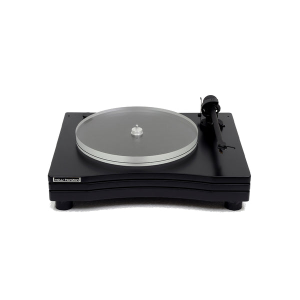 New Horizon Audiophile Turntable GD 3 with cover