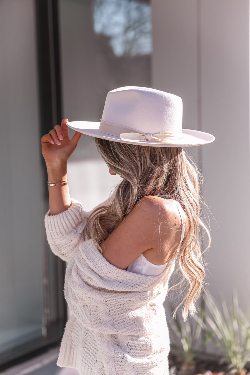 Ivory Bow Wool Hat