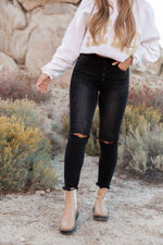 Vento High Rise Distressed Denim | LLACIE
