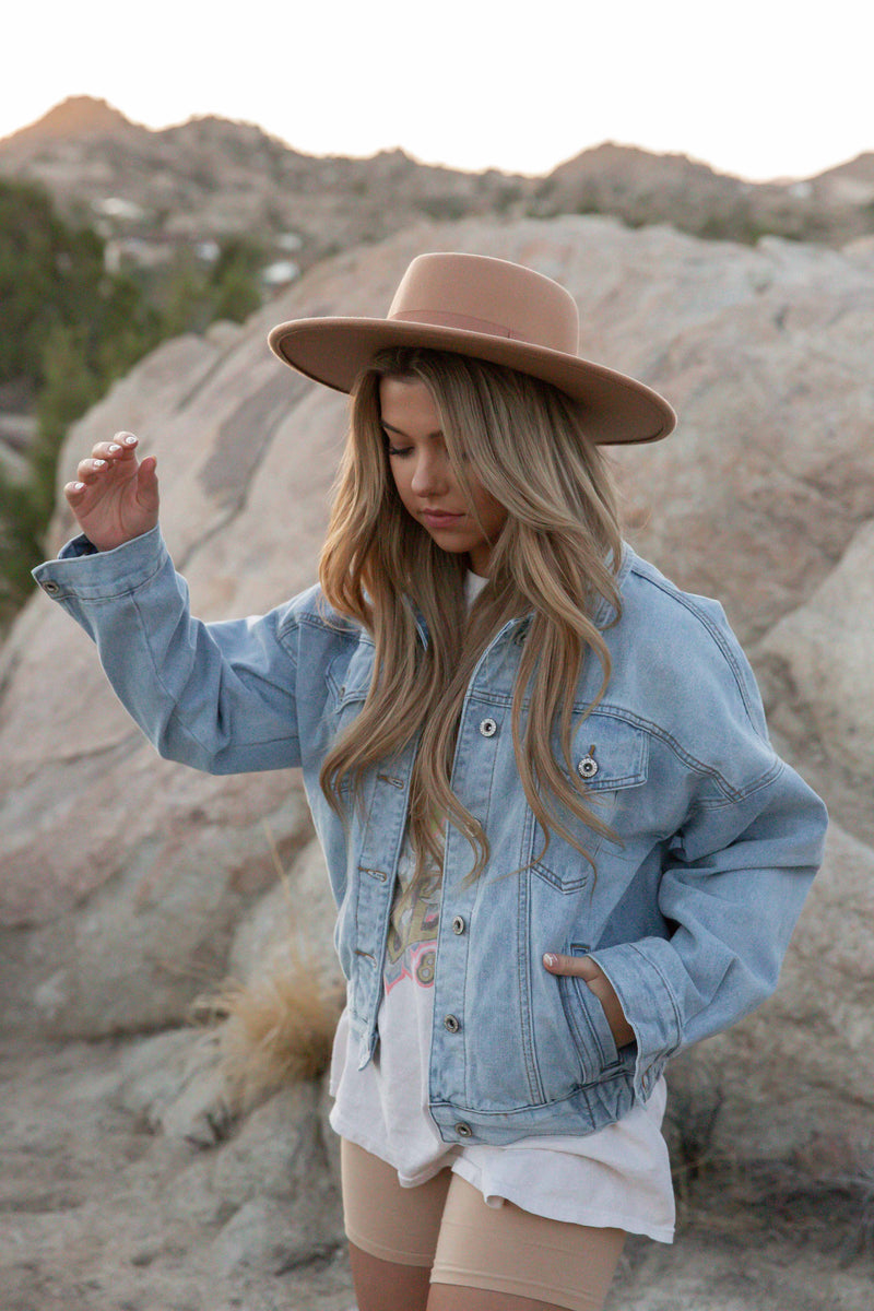 Vintage Light Wash Denim Jacket | LLACIE