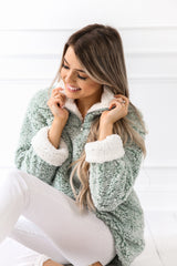 MINT Cozy Pullover Sweater/ Jacket M - llacie