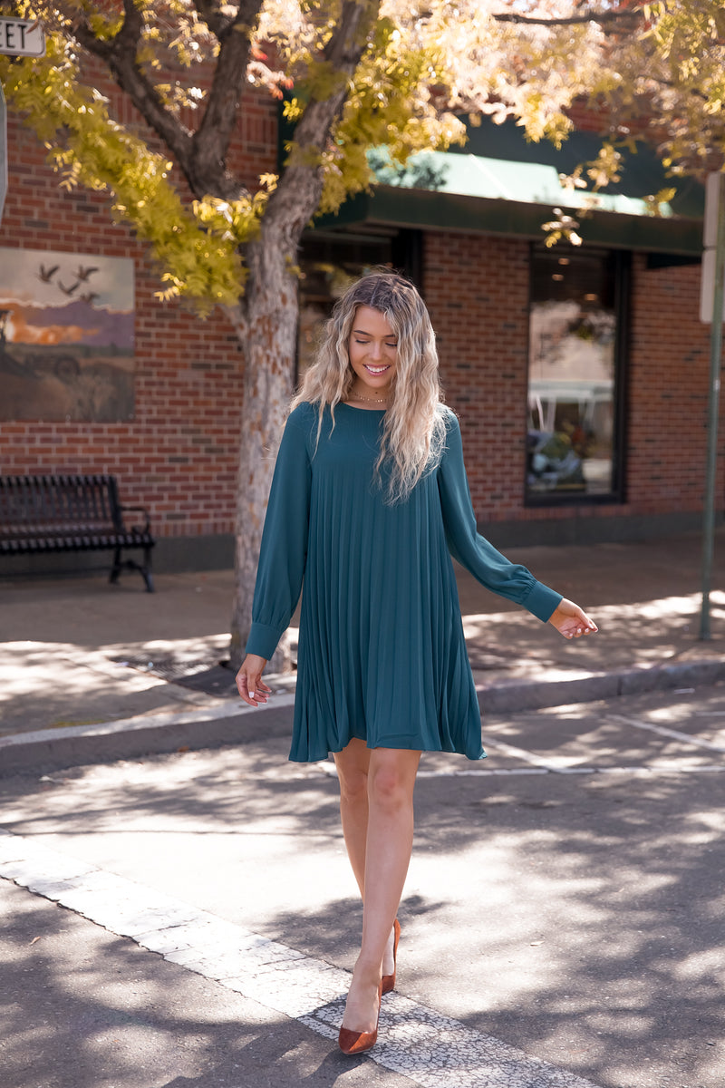 Hold On Emerald Pleated Dress