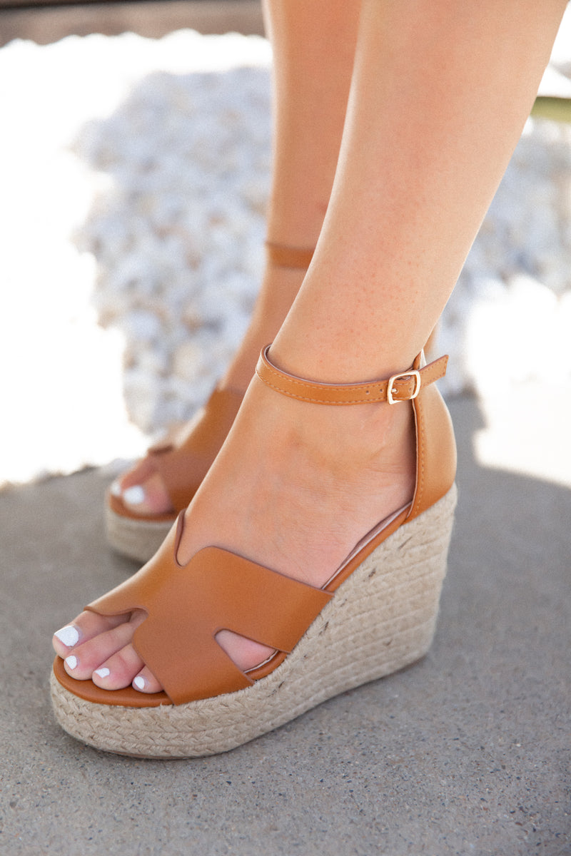 Brown H Wedges - llacie