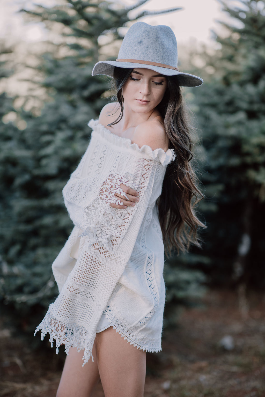 CREAM KNIT OFF SHOULDER SWEATER - llacie